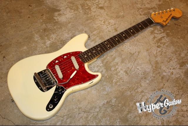 Fender '67 Mustang