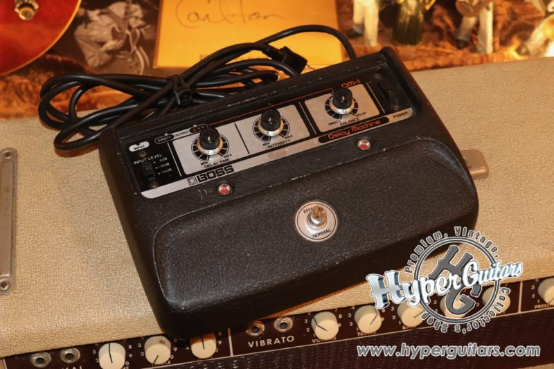 Boss 80's Delay Machine DM-1