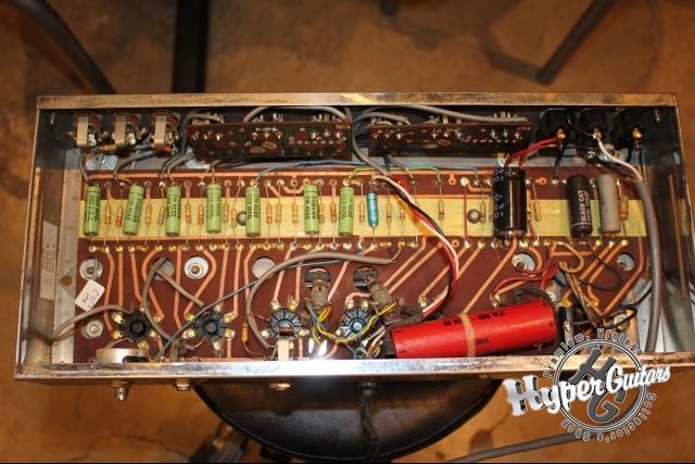 Ampeg '67 B-15-N