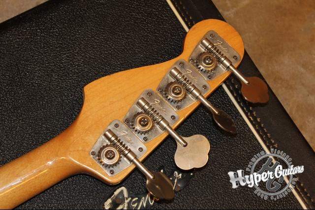 Fender '71 Precision Bass Fretless