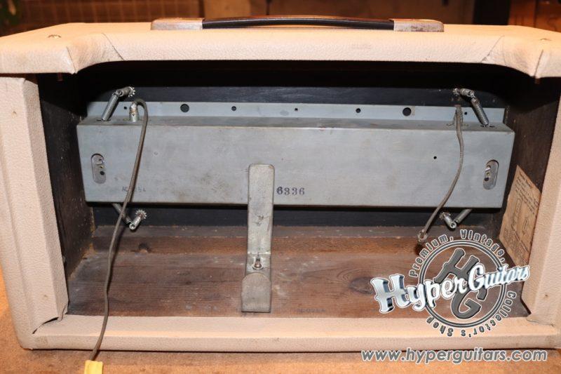 Fender '64 Reverb Box