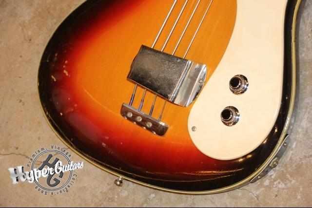 Mosrite '63 The Ventures Bass
