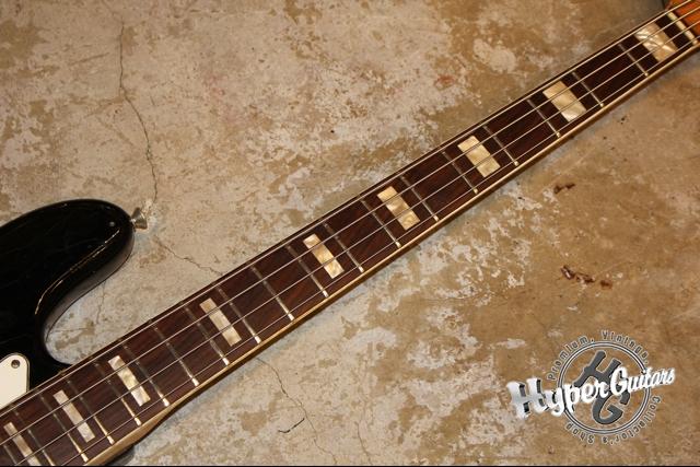 Fender '74 Jazz Bass