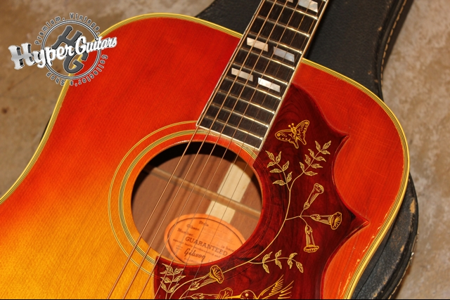 Gibson '64 Humming Bird