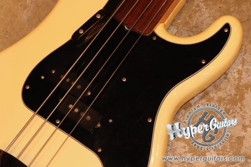 Fender '78 Fretless Precision Bass