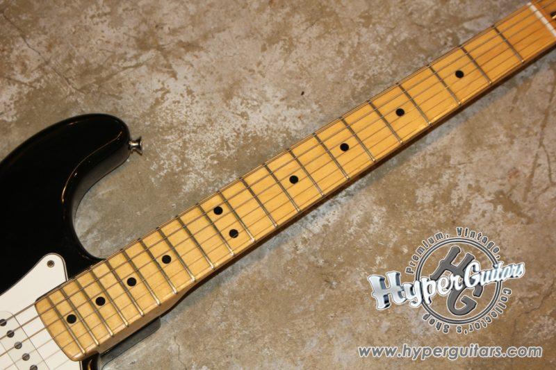 Fender '80 Stratocaster