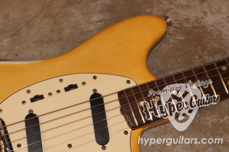 Fender '74 Mustang